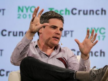 Oscar Health now has 400,000 members and expects to bring in $2 billion by the end of 2020