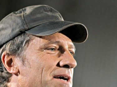 Exclusive — Mike Rowe: 'We Have to Make Work Cool Again' | Breitbart
