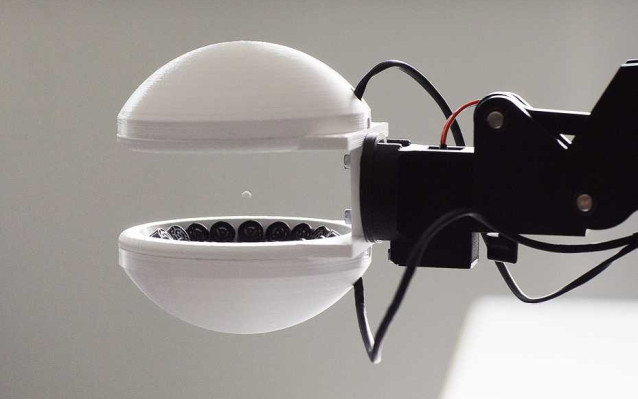 This ultrasonic gripper could let robots hold things without touching them