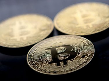 Coronavirus Infects Gold and Bitcoin: Both Assets Poised for Risk-Off Break Outs