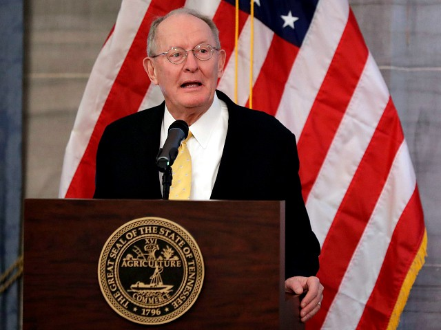 Lamar Alexander Announces He's Opposed to Impeachment Witnesses
