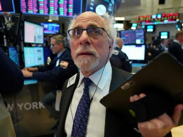 Dow Rallies as Greedy Investors Ignore 'Structural Break' in Stock Market