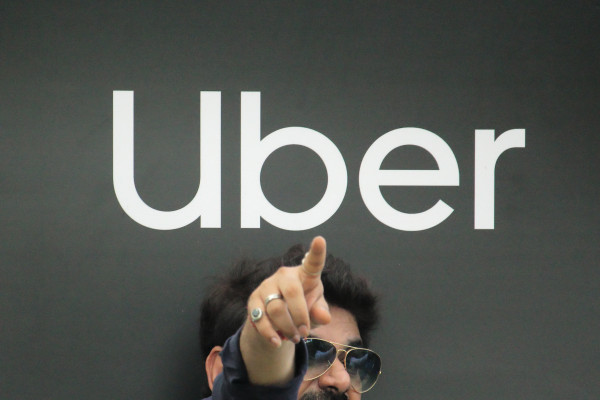 Uber claims top spot in Indian ride-hailing market