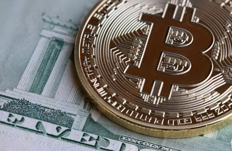bitcoin-price-soars-as-jerome-powell-confirms-crypto's-threat-to-us.-dollar