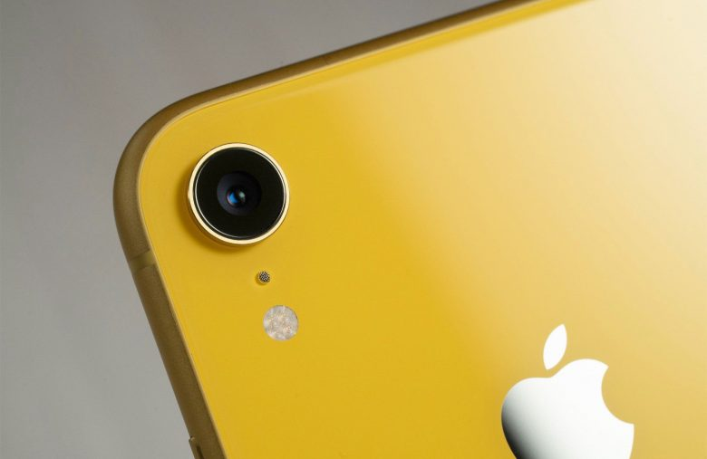 Nearly every top-selling smartphone in 2019 was an iPhone or Galaxy