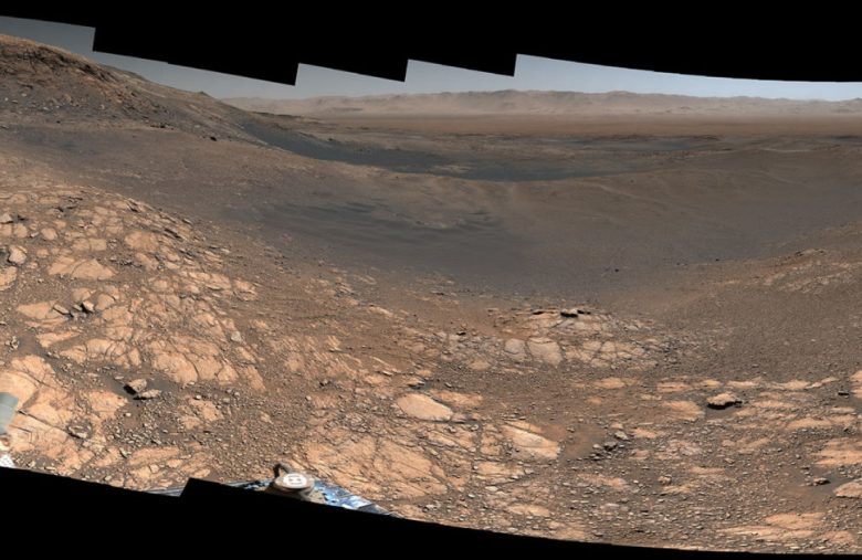 Explore Mars with a 1.8-billion-pixel panorama from the Curiosity rover