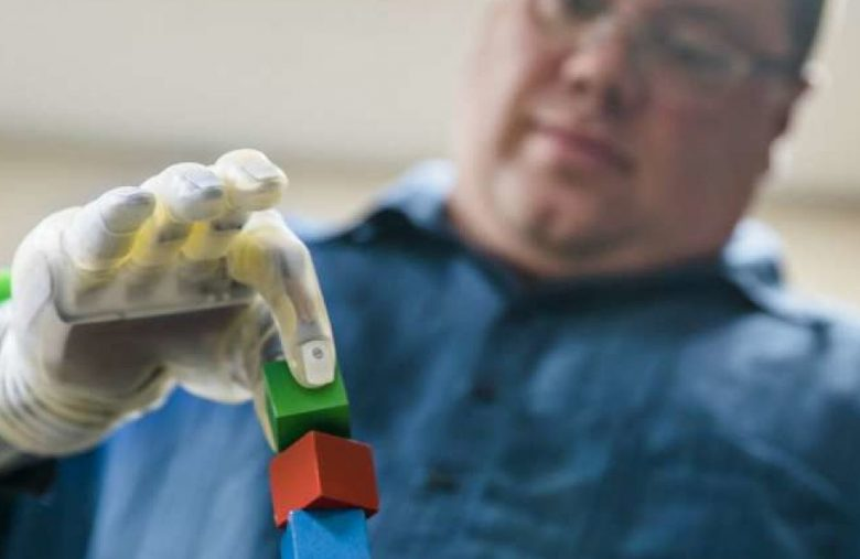 Scientists develop neuroprosthetic tech that amputees don't need to learn