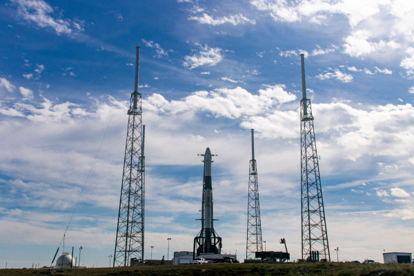 Watch SpaceX launch the last of its original Dragon spacecraft to resupply the ISS tonight