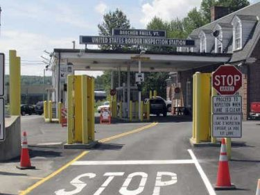 10.4K Foreigners Caught at Border Before Canada's Travel Ban