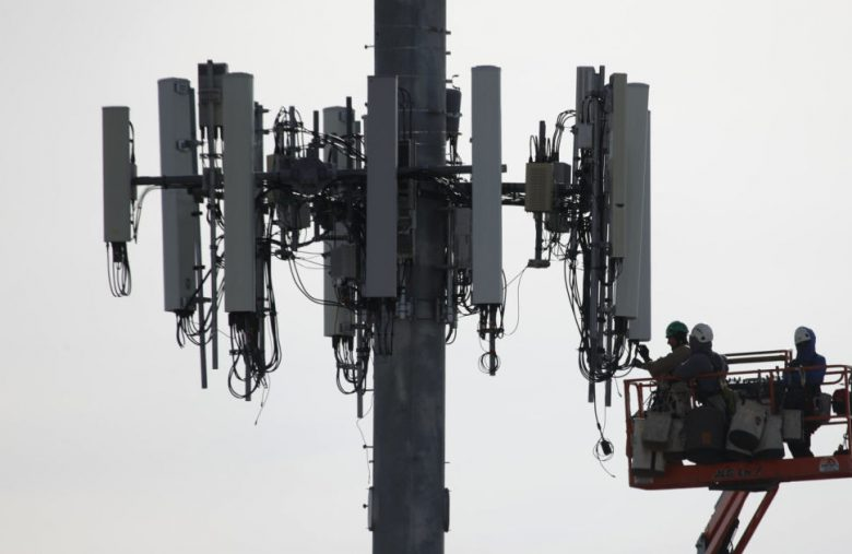 No, 5G didn't start a pandemic