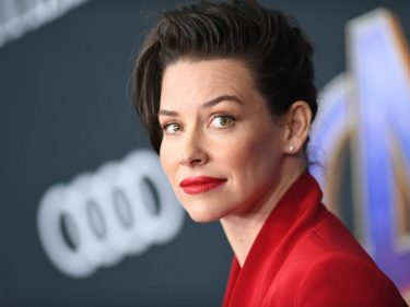 Evangeline Lilly Fears Martial Law – Her Selfish Actions Could Make It Worse