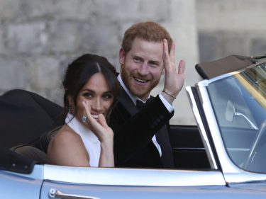 Cowardly Prince Harry & Meghan Markle Quit the Royal Family by Email