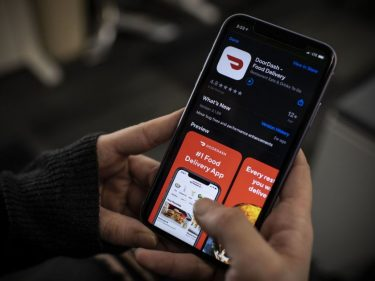 DoorDash now delivers from convenience stores