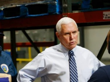Mike Pence Thanks Truckers and Workers at Walmart Distribution Center
