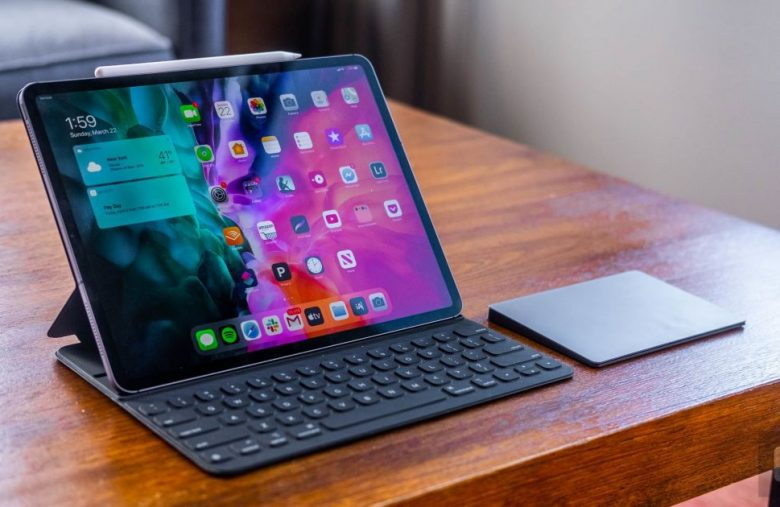 The latest iPad Pro disables mics when its case is closed