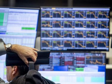 The Dow Will Hit 15,000 Before Reaching Bottom – Here's Why
