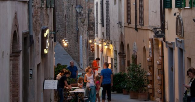 Italy Announces 'Phase Two' Lockdown Update, Permitting Family Visits