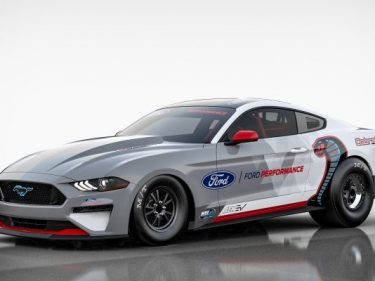 Ford goes drag racing with 1,400 HP electric Mustang Cobra Jet