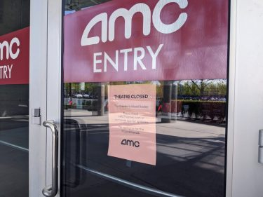AMC's Response to Universal Pictures Is a Death Blow to Movie Theaters