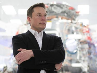 Elon Musk threatens to pull Tesla operations out of California