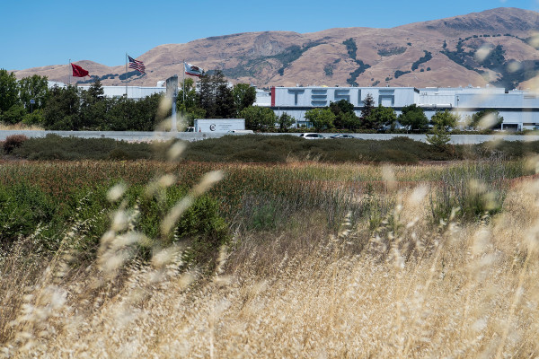 Alameda County may allow Tesla's Fremont factory to reopen as soon as next week