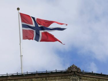 Norway's Historic Bond Dump Exposes the Stock Market Bubble Created by the Fed