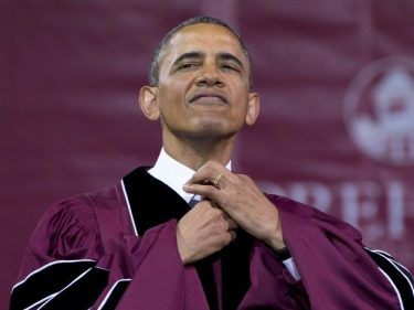 Obama to Grads: Current Leaders Not Even Pretending to Be in Charge