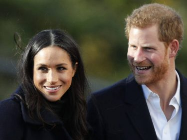 """Are Prince Harry & Meghan Markle """"Roving Royals"""" Or Just """"Homeless""""?"""