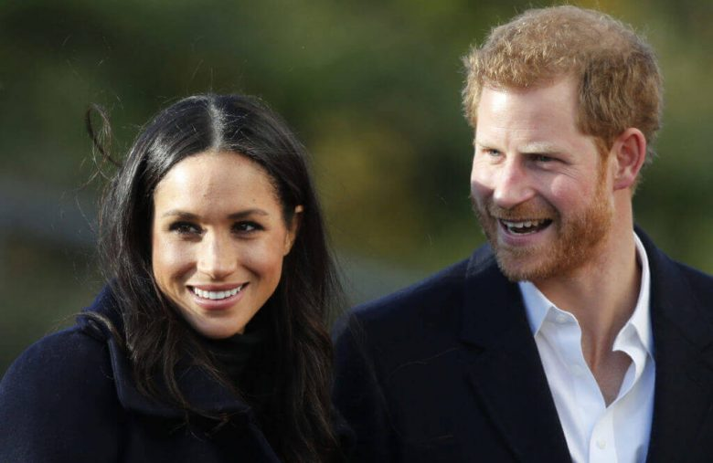 "Are Prince Harry & Meghan Markle ""Roving Royals"" Or Just ""Homeless""?"