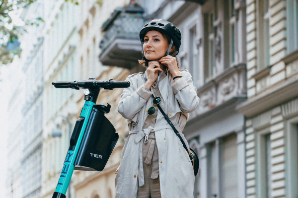 Tier brings integrated helmets to electric scooters