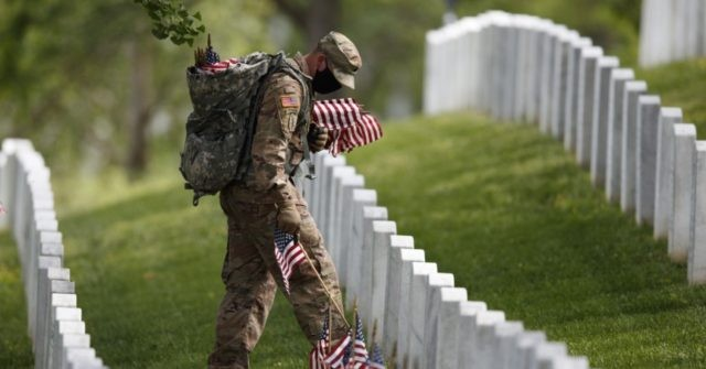 Memorial Day: Americans Head Outdoors as Country Begins Reopening – Breitbart