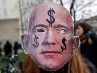 Jeff Bezos Is One of Our Finest Billionaires & We Owe Him a Huge Apology
