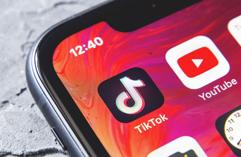 YouTube blames bug for censoring comments on China's ruling party
