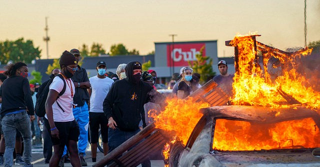 Minneapolis Mayor to Rioters: Practice Social Distancing, Wear Masks