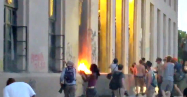 Video: Rioters Set Fire to Nashville City Hall Amid George Floyd Protest
