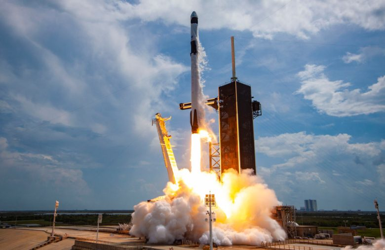 SpaceX will answer Crew Dragon and Starlink questions on Reddit at 3PM ET