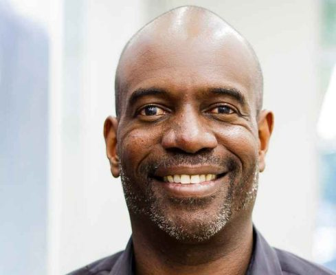 "If you want to see more people of color in VC, ""look to the people at the top,"" says Lo Toney"