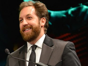 """Chris Sacca advises new fund managers to strike right now, while """"support"""" and """"capital"""" is still available"""