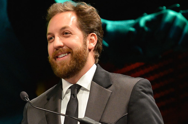 "Chris Sacca advises new fund managers to strike right now, while ""support"" and ""capital"" is still available"