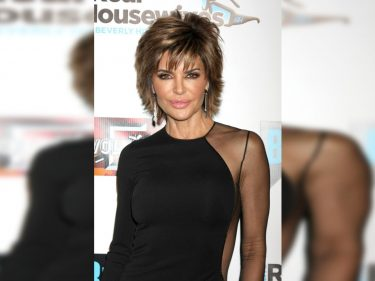 The Karens Want to Cancel 'RHOBH' Star Lisa Rinna for All the Wrong Reasons