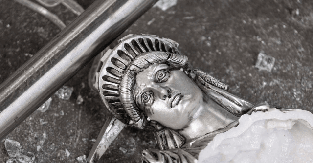 DHS Creates Statue Defense Force to Oppose 'Violent Anarchists'