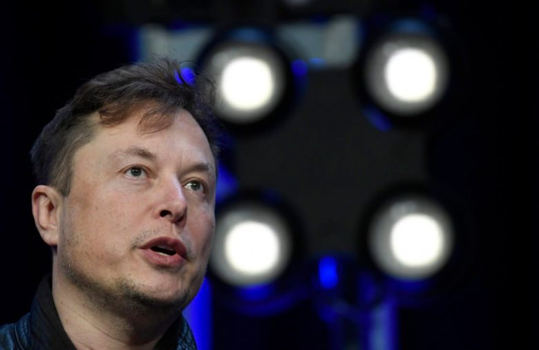 Elon Musk Is the Only Smart One in This Ghislaine Maxwell Fiasco