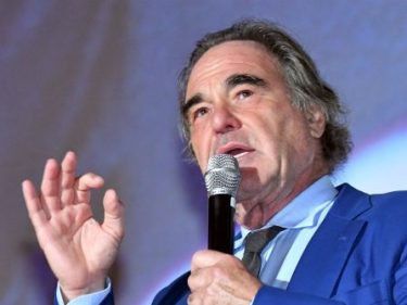 Nolte: Oliver Stone Rips Hollywood as 'Too Fragile, Too Sensitive'