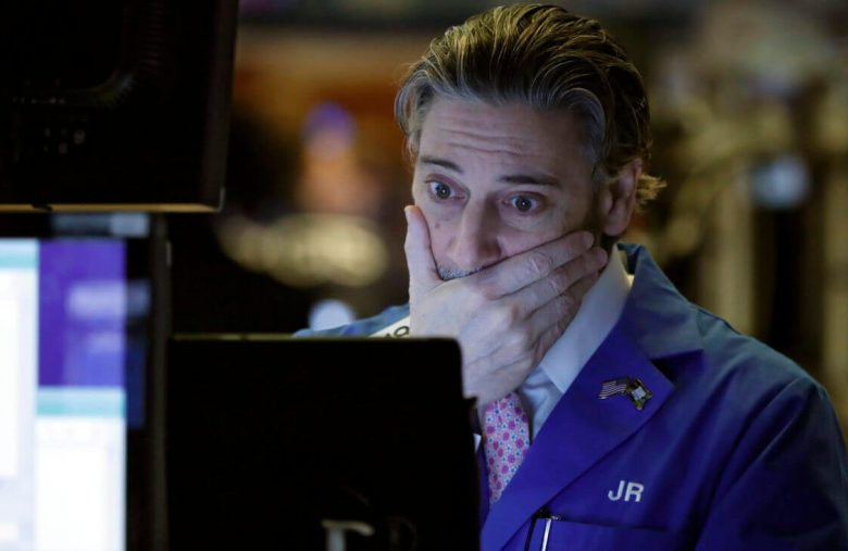 Dow Bleeds Lower Because Investors Fear the Economy Is 'Buckling'