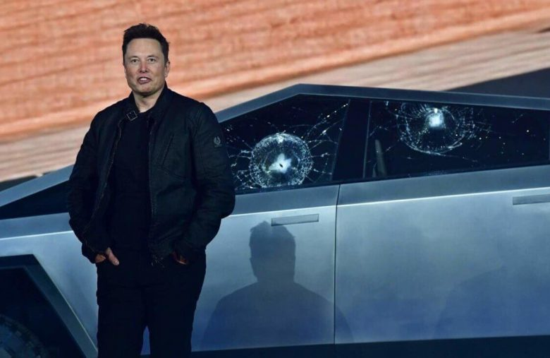 Elon Musk Lost It on Twitter Again. Another Reason to Sell TSLA Stock