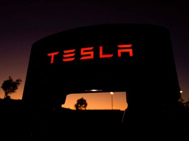 Analyst: Tesla Stock Could Crash 40% – But Don't You Dare Short It