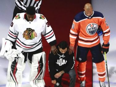 1st NHL Player — a Canadian — Kneels for U.S. Anthem; Stands for 'O, Canada'