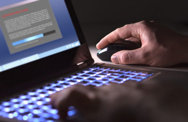 Malware writer pleads guilty to helping $568 million cybercrime ring