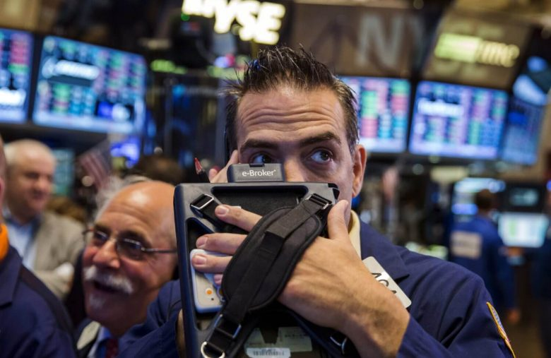 Dow Futures Soars Wednesday Due to 3 Simple Reasons