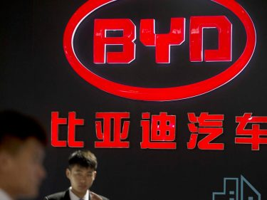 Tesla's China Sales Skid as Buffett-Backed BYD Booms
